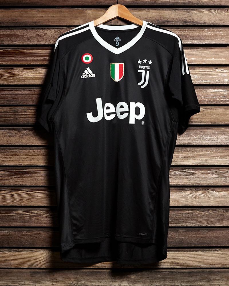 size 40 a7df4 63149 Juventus Buffon celebrative promo Jersey - Juventus Official ...