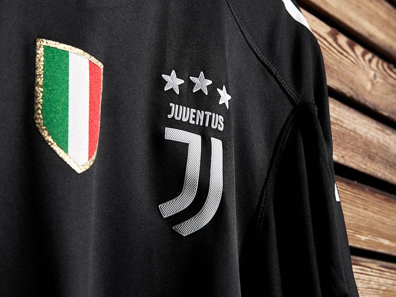 size 40 c3bcd 697bf Juventus Buffon celebrative promo Jersey - Juventus Official ...